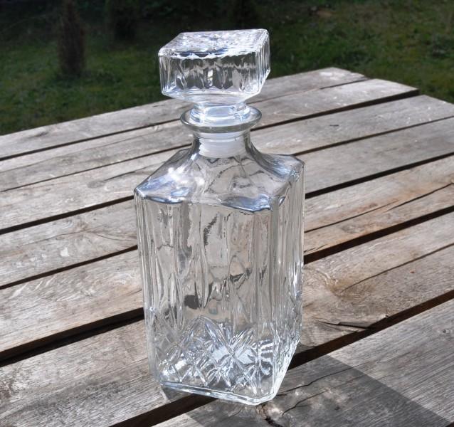 karaffe glaskaraffe whiskeyflasche glasflasche schnapsflasche kristall flasche ebay. Black Bedroom Furniture Sets. Home Design Ideas