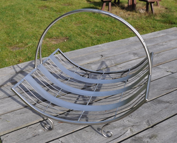 kaminholzkorb silber holzkorb metall holztrage brennholzkorb ebay. Black Bedroom Furniture Sets. Home Design Ideas