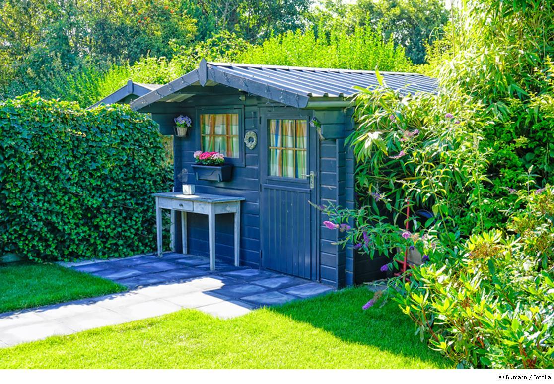 Ein Gartenhaus verschönert jeden Garten